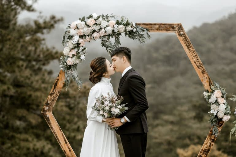Floral installations for your wedding